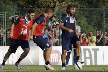 Andrea+Pirlo+Italy+Training+Session+Press+B7jFzVxtOUCl.jpg