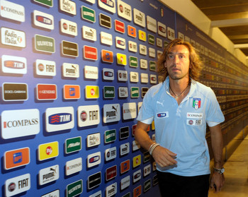 Andrea+Pirlo+Italy+Training+Session+Press+FsS2zEelczgl.jpg
