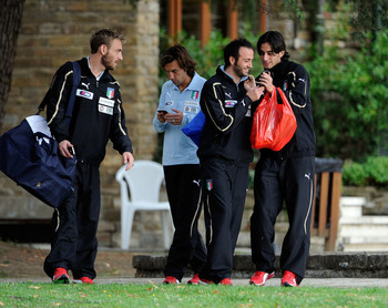Andrea+Pirlo+Italy+Training+Session+Press+yh3RmggQX3Cl.jpg